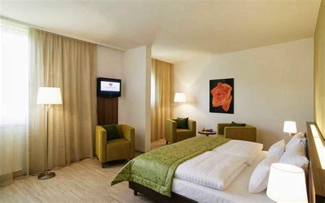 chambre a coucher italienne pas cher chambre a coucher moderne pas cher indonsie projet htel