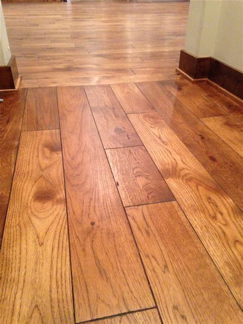 Hardwood Floor Patterns Join Two Rooms.Should Hardwood