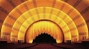 Minute Meeting Radio City Stage Door Tour The Rockettes