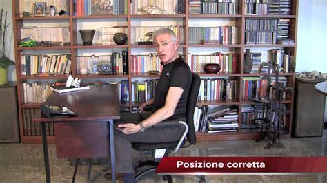 posizione seduta corretta mal di testa posizione seduta corretta