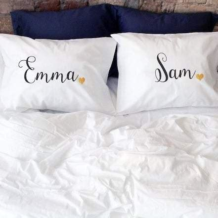 15 Sentimental Wedding Gifts for the Couple Kennedy Blue