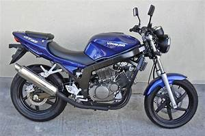 Hyosung Gt 125 : hyosung hyosung gt 125 moto zombdrive com ~ Medecine-chirurgie-esthetiques.com Avis de Voitures