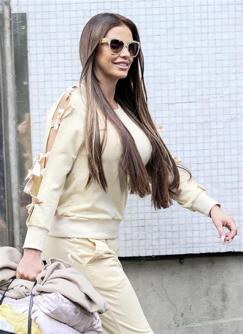 She is an actress, known for sharknado 5: KATIE PRICE Leaves ITV Studios in London 06/14/2017 - HawtCelebs