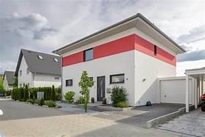 Haus Walmdach Modern : walmdach 170 modern haus fassade n rnberg von luxhaus ~ Indierocktalk.com Haus und Dekorationen