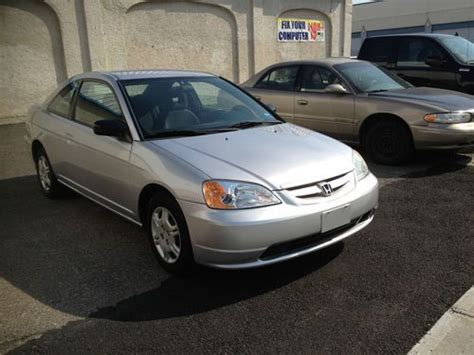 Buy Used 2002 Honda Civic Lx Coupe 2-door 1.7l In Staten