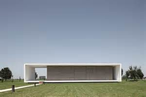 Fresh Minimal House Design by Minimalist Italian House On A Flat Open Space Digsdigs