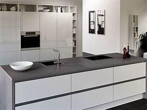 Weiße Arbeitsplatte Küche : keramikarbeitsplatten das gro e k chenatlas arbeitsplatten extra ~ Sanjose-hotels-ca.com Haus und Dekorationen