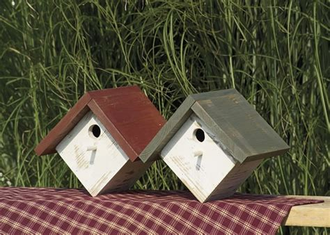 amish painted rustic wren house