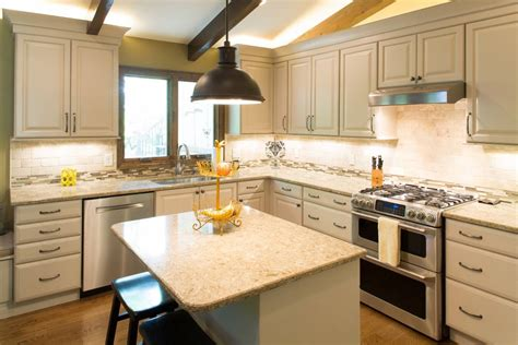 Kitchen Remodel in Showplace Wood Products | Standard ...