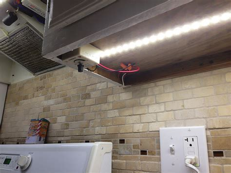 Simple Kitchen Lighting Design with High Power Flexible