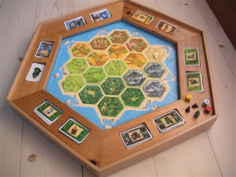 settlers  catan turntable board  card holder hand