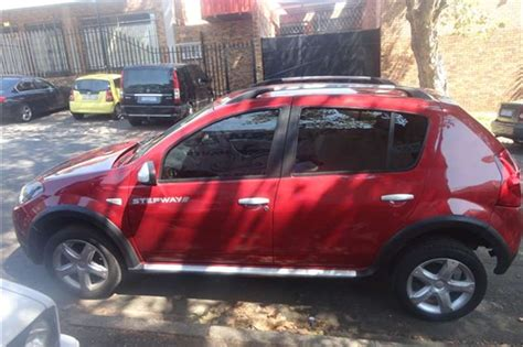 renault sandero stepway 2013 2013 renault sandero renault 1 6 stepway hatch cars for