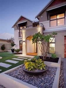 32 Creative Home Front Landscape Design Ideas