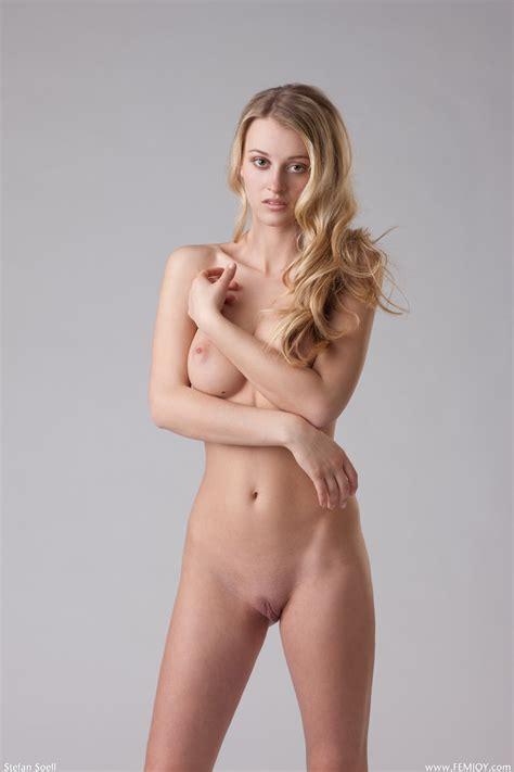 hotty stop carisha just nude