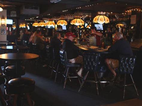 great dive bars  los angeles  eats