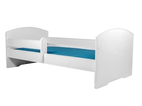 lit enfant 160x80 cm sommier matelas avec barriere de securite vente de lit enfant conforama