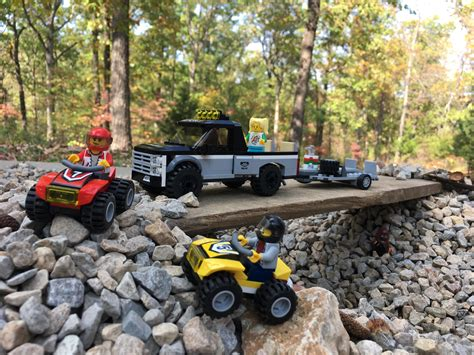 Camping with Lego City 60148 : lego