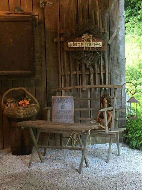 Best Primitive Fall Porch Outdoor Displays Images