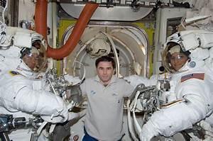 NASA - Suni Williams, Aki Hoshide and Yuri Malenchenko