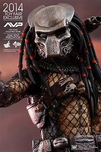 Hot Toys Convention Exclusives - Predator, Joker, Iron Man ...