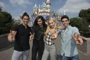Disney Descendants 2 Cast