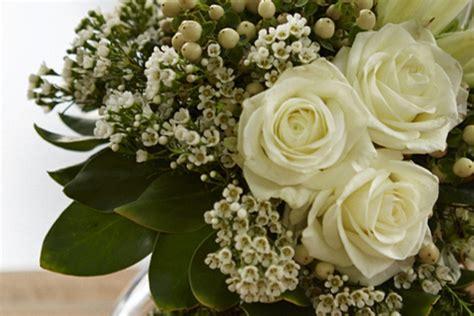 arrange flowers protea bridal bouquet  burlap