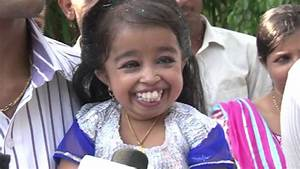 World's Smallest Woman Jyoti Amge now in Bollywood - YouTube