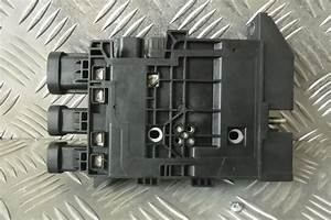 Trafic Vivaro Nv300 Battery Fuse Box  U2013 Fits 2014