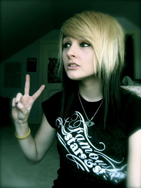 short emo hairstyles for girls simple hairstyle ideas