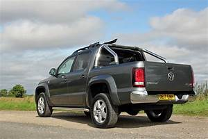Pick Up Amarok : volkswagen amarok 3 0 v6 tdi 220ps a33 d cab pick up highline bmt 4m auto road test parkers ~ Medecine-chirurgie-esthetiques.com Avis de Voitures