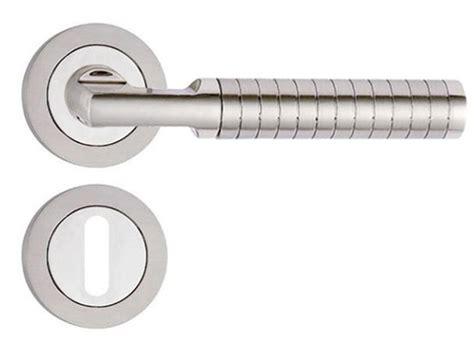 poignee de porte design pas cher poign 233 e de porte design