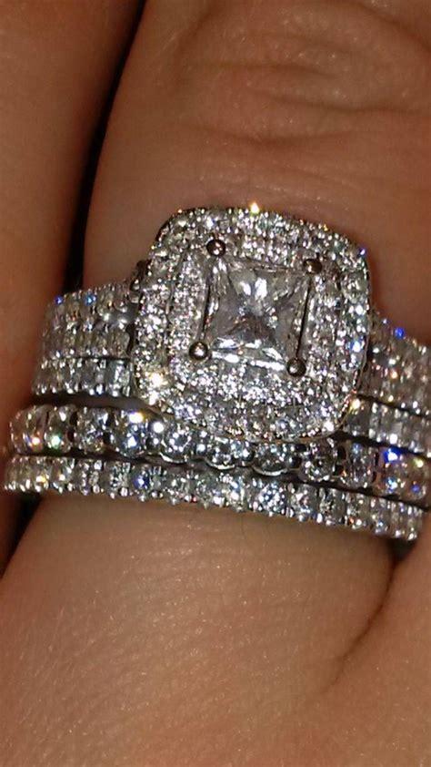 photo  vera wang anniversary rings