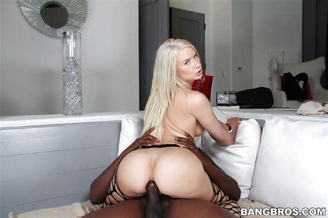 Insane Anal Penetration For A Horny Hardcore Blonde Anikka