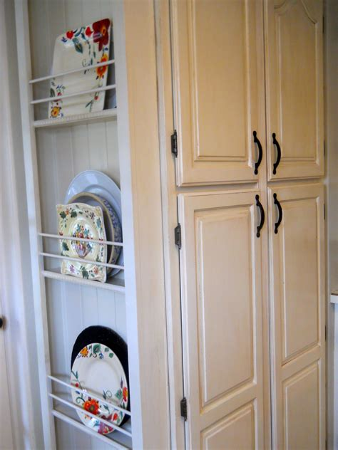 plate rack added    pantrypanels   removed   rest  cabinets tall