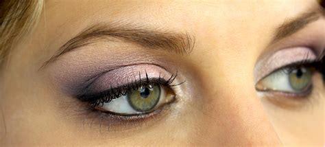 Невероятно Chanel представили коллекцию макияжа для глаз в стиле омбре