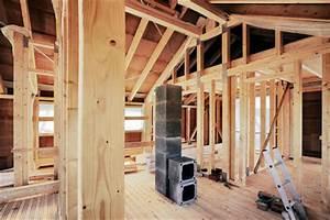 Haus Bauen Was Beachten : kologisch bauen mit holz lehm und putz ~ Frokenaadalensverden.com Haus und Dekorationen