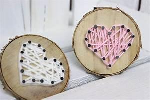 Basteln Mit Baumscheiben : diy baumscheibe mit herz in string art ganz einfach selber ~ Watch28wear.com Haus und Dekorationen