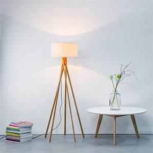 Weinregal Holz Weiß : holz stehleuchte stehlampe mit textilschirm stoffschirm wei textil stoff eur 139 00 ~ Markanthonyermac.com Haus und Dekorationen