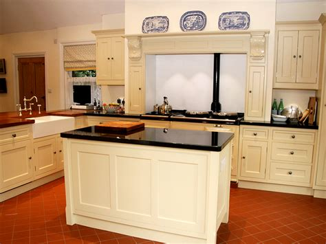 knights country kitchens traditional style kitchen from knights country 3589