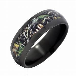 black camo wedding rings wedding and bridal inspiration With camoflage wedding rings