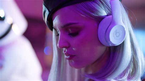 beats headphones worn  anne marie  friends ft