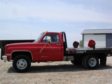 buy used cab chassis dually 4x4 with dew eze bale bed