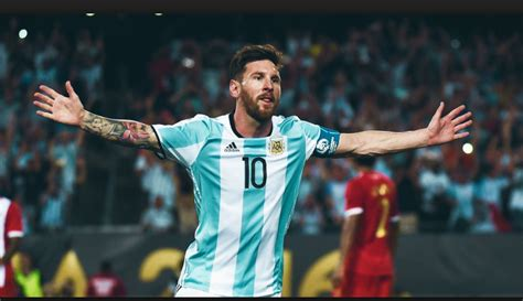 Also known as leo messi, is an argentine professional footballer who plays for and captains th. ¿Lionel Messi en el Real Madrid? - Magazine Latino - # 1 ...