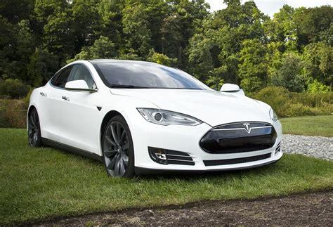 Tesla Auto Insurance Becomes The Company's Next Venture