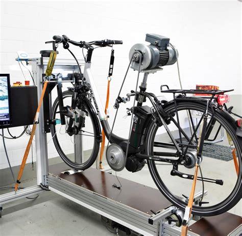 e bike akku test halten l 228 nger als angenommen e bike akkus im test welt