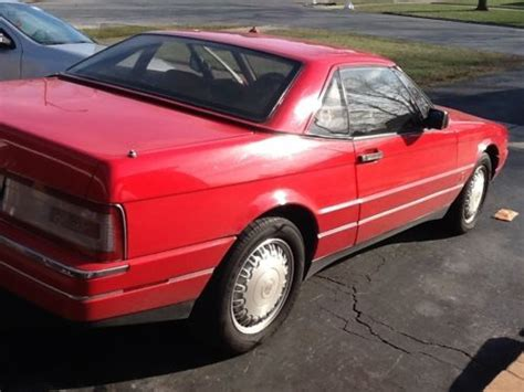 sell  cadillac allante   reserve  south