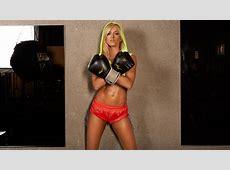 Las divas de la WWE se ponen guantes de box