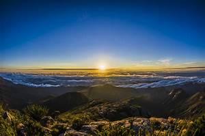 Ficheiro:Pico da Bandeira nascer do sol jpg – Wikipédia, a
