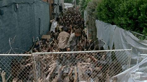 dead walking nicholas twd herd scene happened dumpster talk thing let glenn zimbio pulls gun