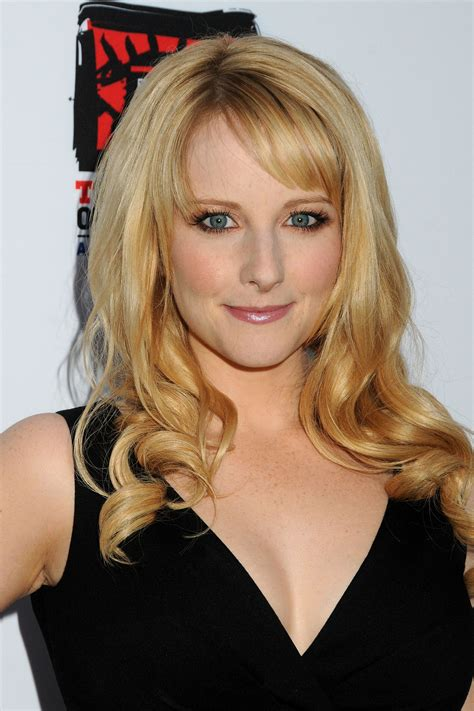 33 Hot Melissa Rauch Pictures Show Her Sexy Look In ...
